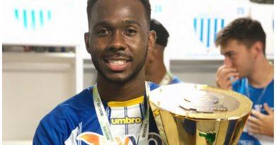 Igor Fernandes trocou o Avaí pelo CSA