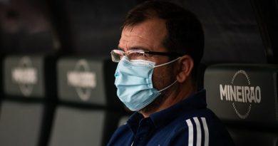 Treinador já pensa na estreia da Série B   Crédito: Bruno Haddad / Cruzeiro