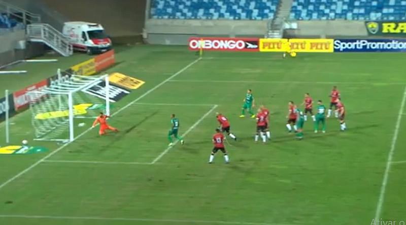Bola na trave impediu o primeiro gol da Série B