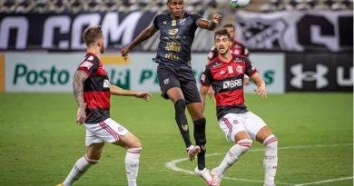 Lance de Cléber contra o Flamengo