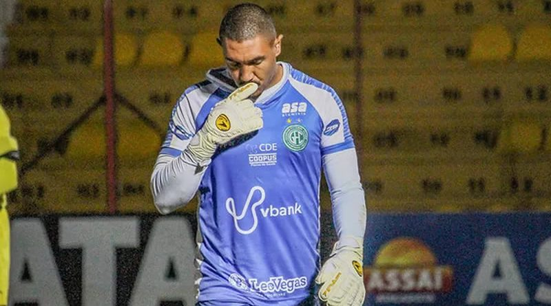 Jefferson Paulino é mais um desfalque do Guarani