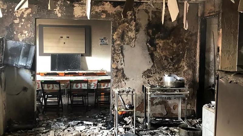 Cozinha ficou destruída