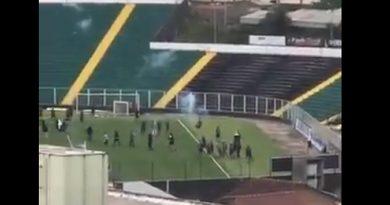 Grupo invadiu local onde os jogadores do Figueirense treinavam