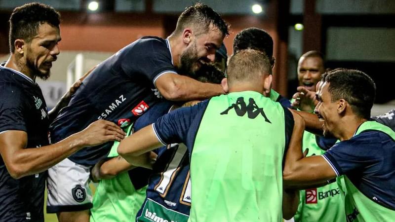 Gol da vitória contra o Manaus saiu no final do jogo   Crédito: Samara Miranda/Remo
