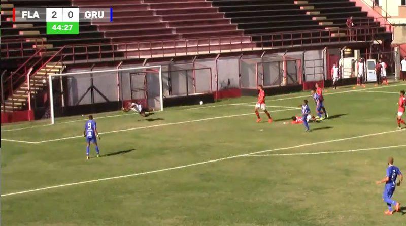 Belo gol de Vitinho abriu o caminho para a reação do Guarulhos