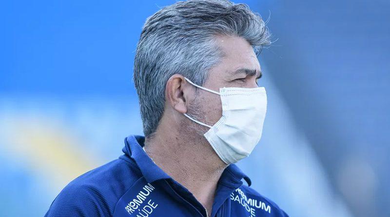 Ney Franco ficou um mês no Cruzeiro