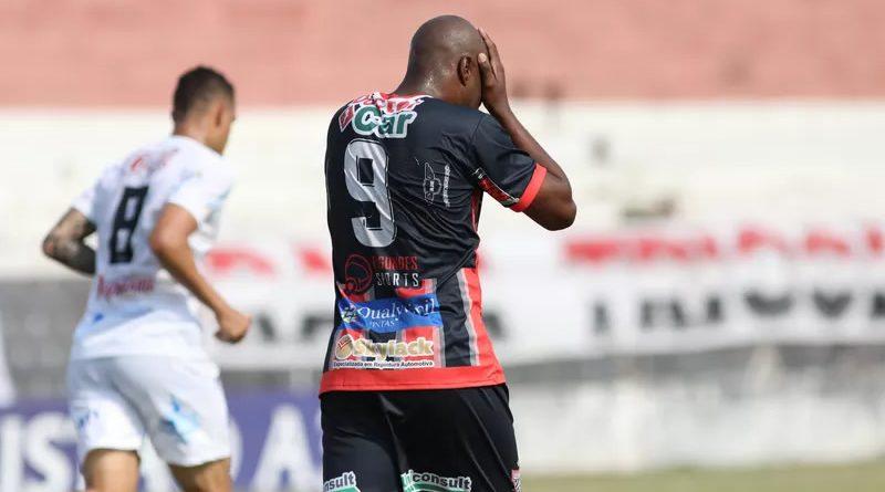 Paulista pode cair ainda nesta rodada   Gustavo Amorim/Paulista FC