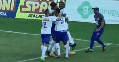 Dener saiu do banco para fazer o gol da vitória do São José