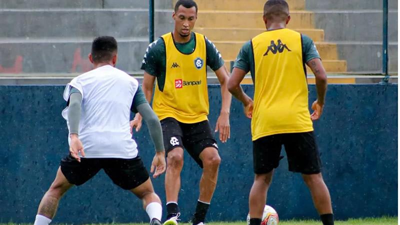 Salatiel já treina com os novos companheiros | Samara Miranda/Clube do Remo