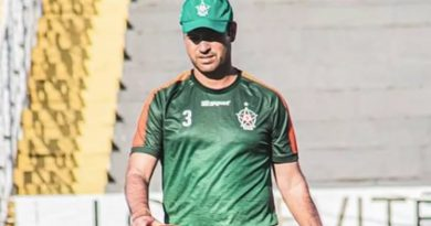 Sidney Moraes pediu demissão nesta segunda-feira