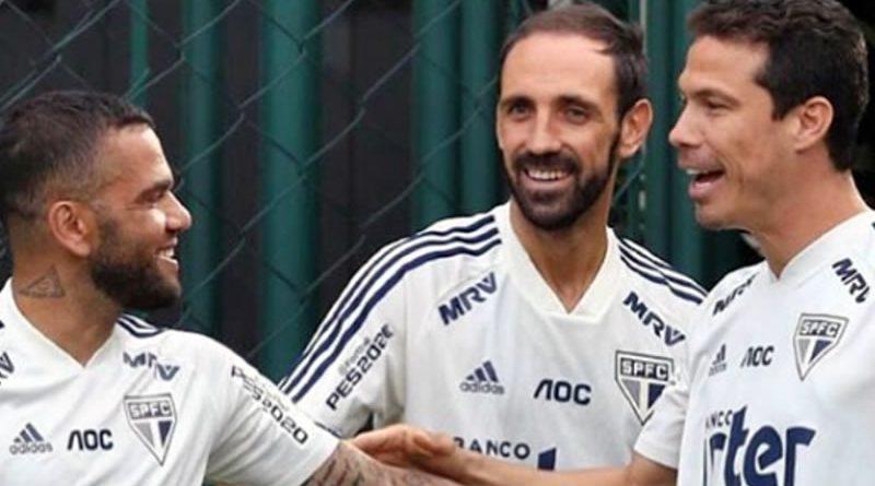 Juanfran não joga mais pelo São Paulo