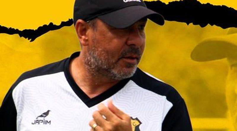 Artur Oliveira não é mais técnico do Castanhal