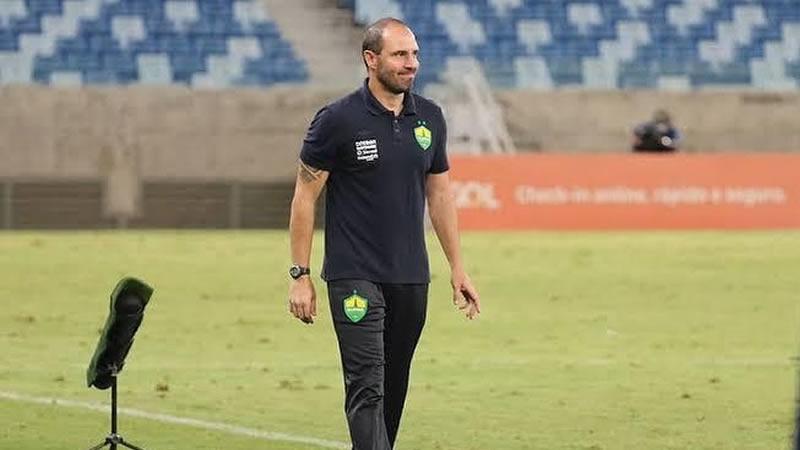 Aal é o novo treinador do CRB