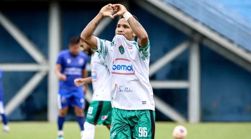Atacante fez quatro gols pelo Manaus