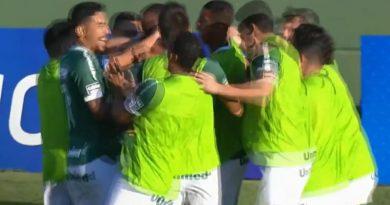 Goiás se reabilita com vitória sobre Operário e pula para a vice-liderança