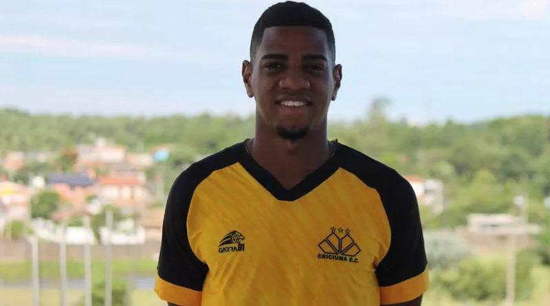 Jogador marcou apenas um gol com a camisa do Criciúma