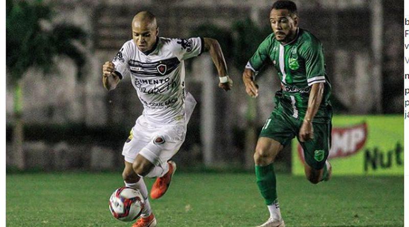 Floresta venceu Botafogo fora de casa