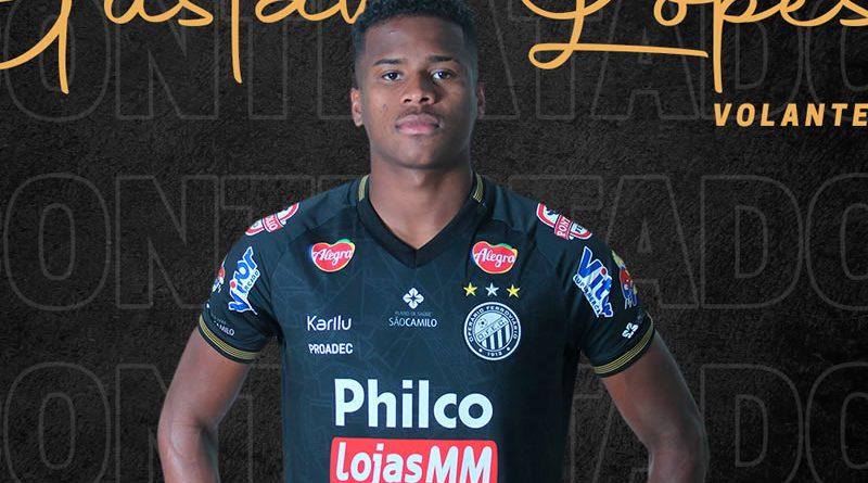 Jogador fez carreira em Portugal