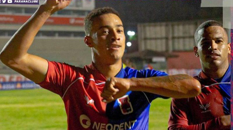 Gol nos acréscimos salvou Paraná da derrota
