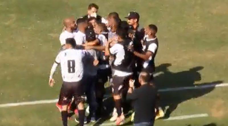 Gol de falta abriu o caminho da vitória do Tigre