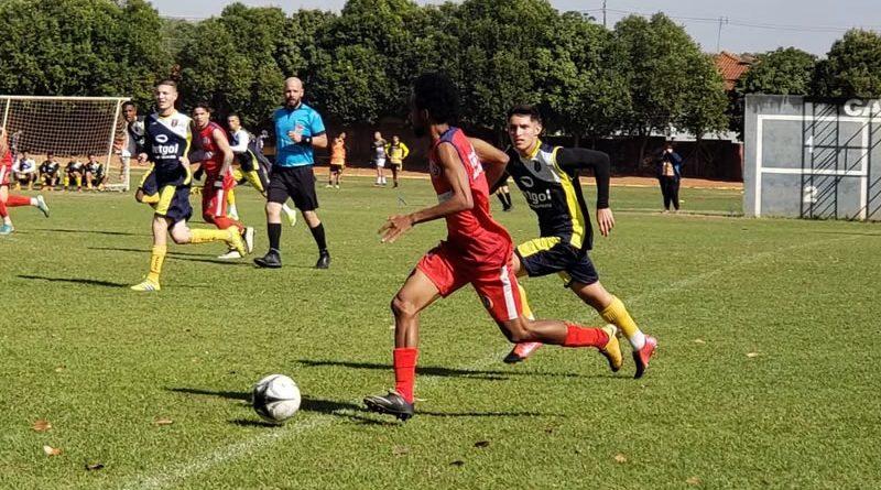 São-Carlense é um dos times da Bezinha